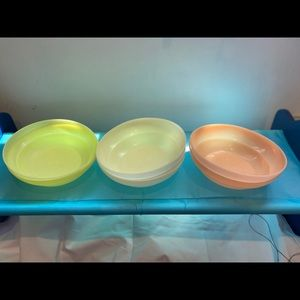 Vintage Tupperware bowls seven